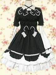 Black And White Bow Long Sleeves Gothic Lolita Dress in Cotton