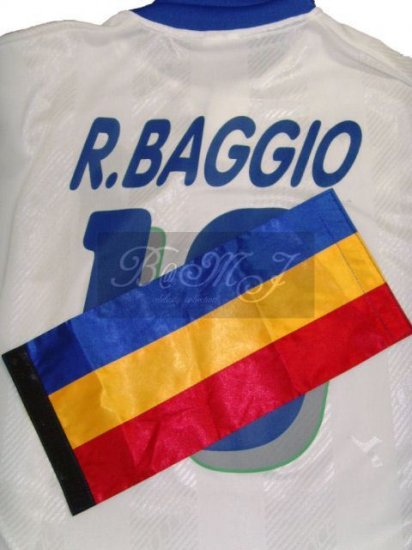 Roberto Baggio Captain Arm-band - Click Image to Close